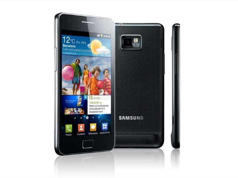 Samsung Galaxy S II (MRP - Rs 29,999)This beauty has become a flagship Android phone for Samsung that packs some of the best hardware and user experience in the industry.