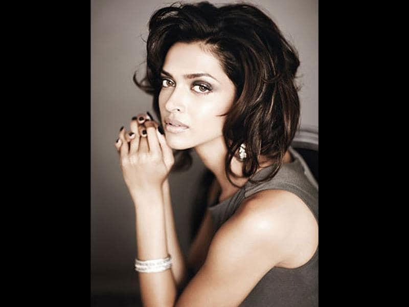 Deepika Padukone has starred in films like Om Shanti Om, Love Aaj Kal, Lafangey Parindey and Khelein Hum Jee Jaan Sey. Known for her beauty and grace, the actor will be seen in Desi Boyz and Cocktail.