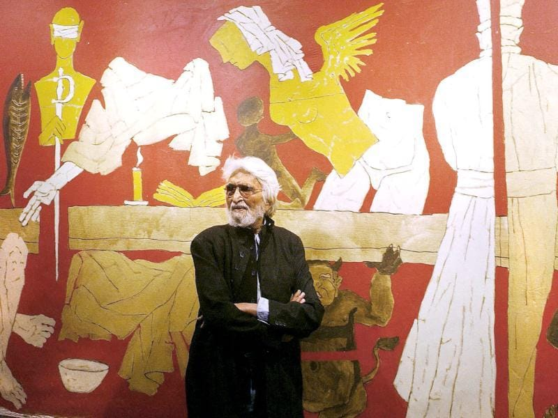1915: Maqbool Fida Husain was born on September 17, 1915 in Pandharpur in Maharashtra.