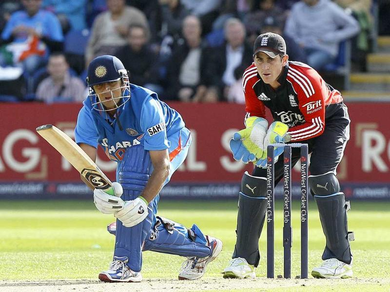 Dravid played a fine innings of 69 runs to end his ODI career at Cardiff.
