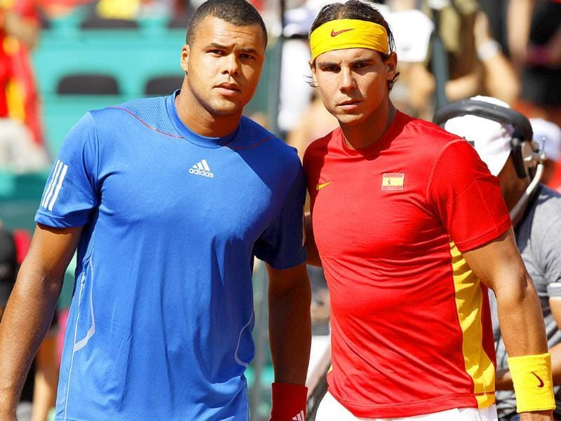 France's Jo-Wilfried Tsonga (L) poses with Spain's Rafael Nadal (R) before their Davis Cup semifinal match at Los Califas bullring in Cordoba, southern Spain.