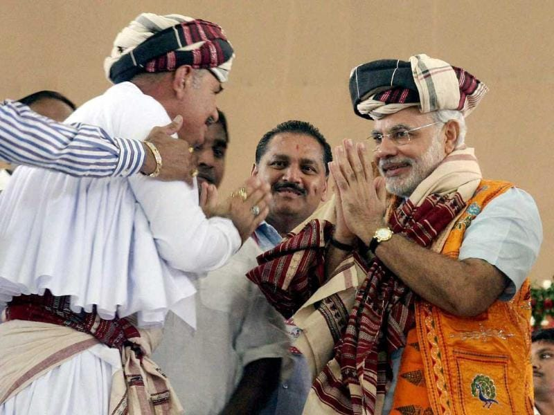 Gujarat chief minister Narendra Modi is honoured by the shepherd community during the third day of his fast in Ahmedabad.
