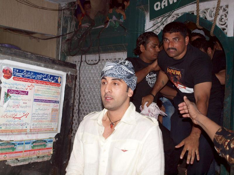 Ranbir Kapoor surrounded by fans.