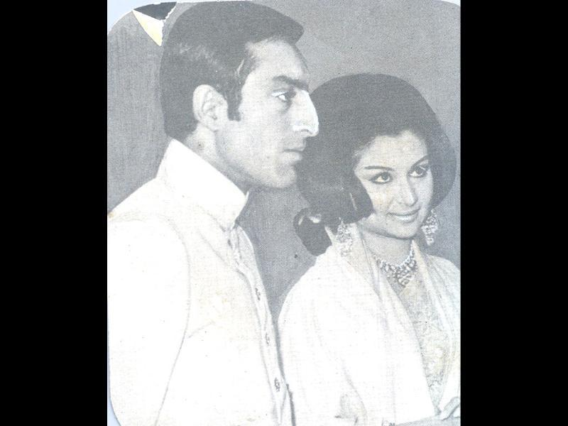 On 27 December 1969, Mansoor married Sharmila Tagore.