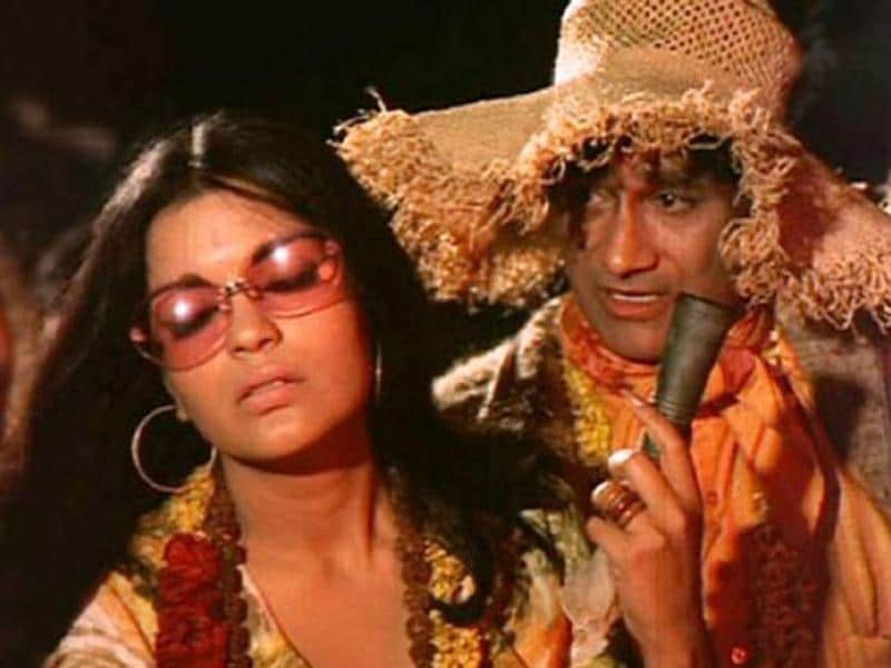 Zeenat Aman was Dev Anand's another discovery. Her debut role in Hare Rama Hare Krishna is still remembered as her best work so far.