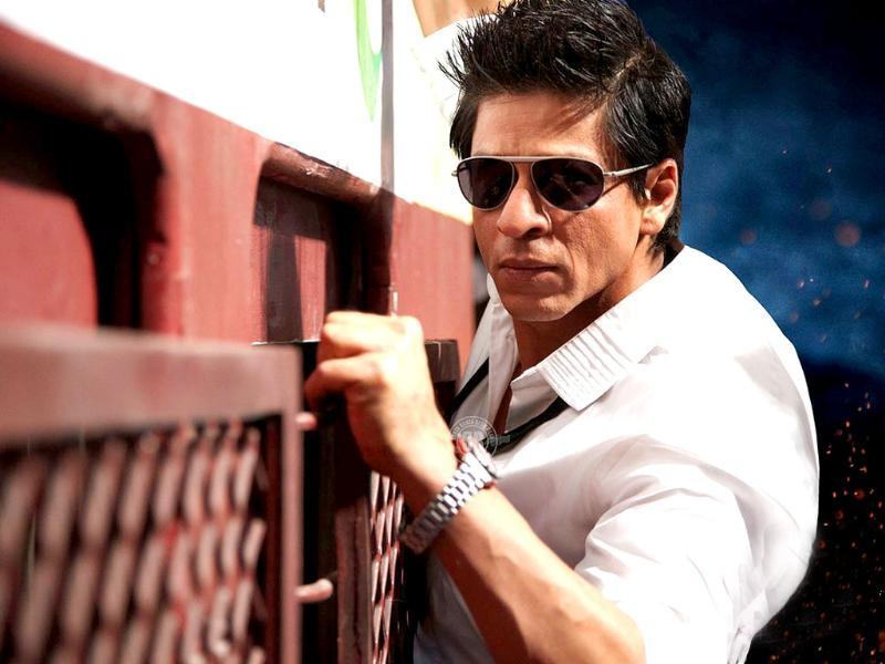 SRK has launched custom-built movie channel for RA.One.