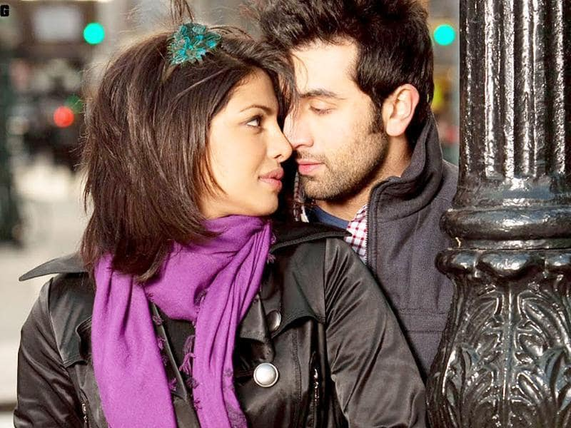 Anjaana Anjaani: Ranbir was paired opposite Priyanka for the first time.