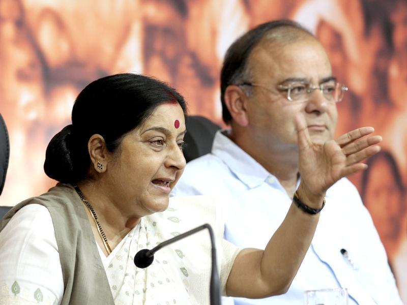 BJP leaders Sushma Swaraj and Arun Jaitley at a press conference in BJP HQ in New Delhi.