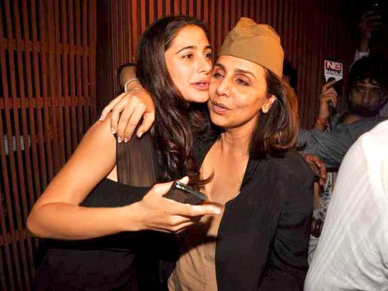 Wonder why Neetu Kapoor is bonding with his son's ex-girlfriend Nargis Fakhri! Have the two lovers reconciled?