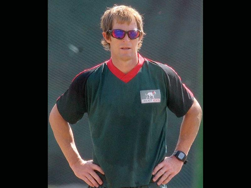 The makers of TV reality show Bigg Boss 5 have roped in former South African cricketer, Jonty Rhodes, 42.