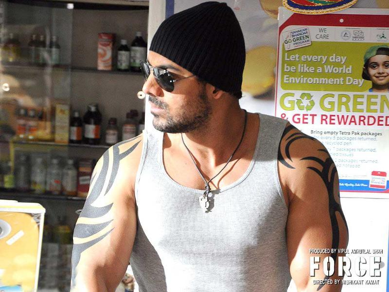 John Abraham's tattoo in the movie is reportedly inspired by Avatar actor.