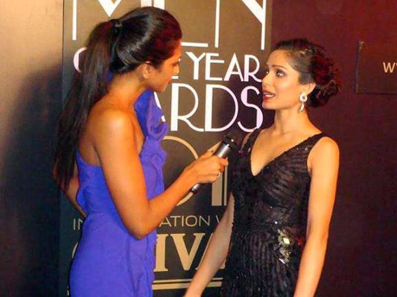 Freida Pinto donned a black sequinned outfit at the awards.
