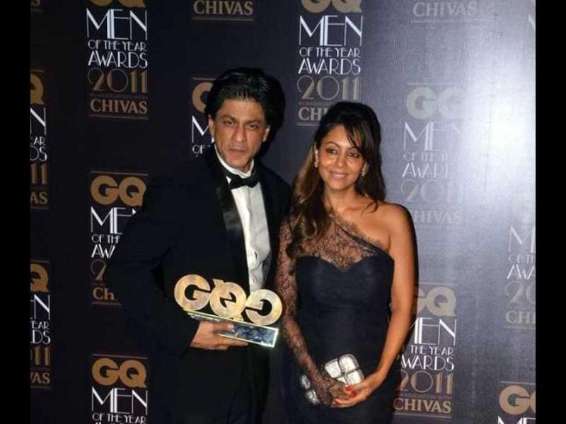 Gauri and SRK, though colour co-ordinated, look worn out.
