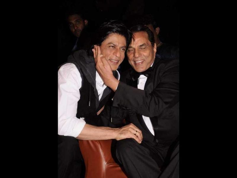SRK-Dharmendra caught in a candid moment.
