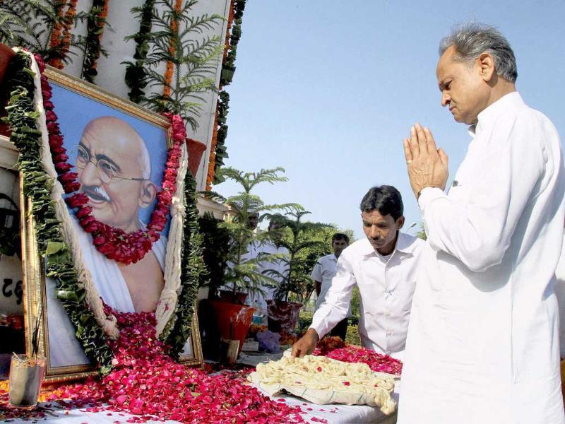 Rajasthan chief minister Ashok Gehlot pays tributes to Mahatma Gandhi on the occasion of Gandhi Jayanti in Jaipur.