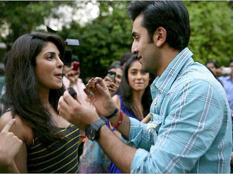 Ranbir Kapoor had decided to have a quiet birthday with his family. But he didn't have one, but two parties waiting for him. After a surprise bash from his friends on September 28, the Kapoor boy recently celebrated his big day with Priyanka also on the sets of Barfee.