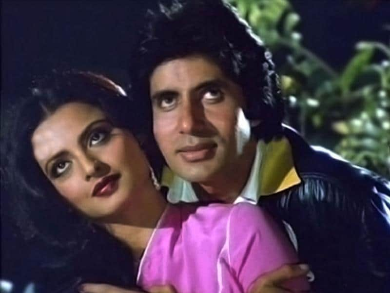 Silsila directed by Yash Chopra paired Rekha opposite Amitabh Bachchan. It also starred Jaya Bhaduri, Sanjeev Kumar and Shashi Kapoor.