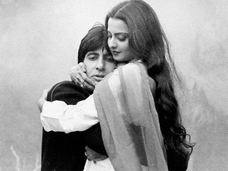 Rekha also paired up with Amitabh Bachchan in Muqaddar Ka Sikander.
