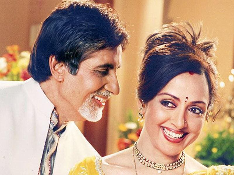 Amitabh and Hema in a still from Baghbaan.