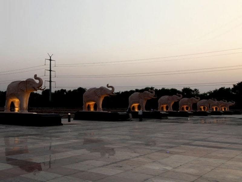 The 33 hectare project in Noida's sector has 15 statues of Dalit icons Dr BR Ambedkar, Jyotirao Phule and Kanshi Ram. Uttar Pradesh chief minister Mayawati is scheduled to inaugurate the park on October 14. Photo by Virendra Singh Gosain/HT photos.
