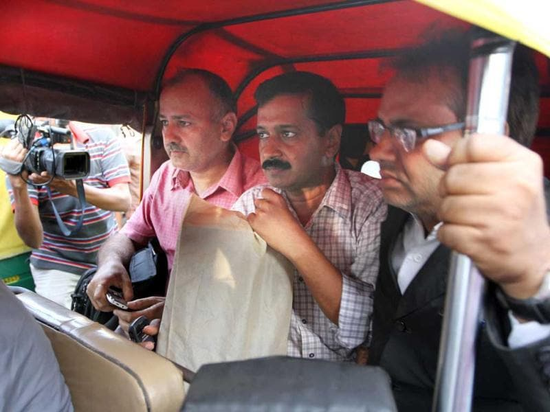 HT Photo: Arvind Kejariwal with Manish Sisodia, Anna team members on their way to RML Hospital where Prashant Bhushan was admitted after being beaten up by three people inside his chamber in the Supreme Court.