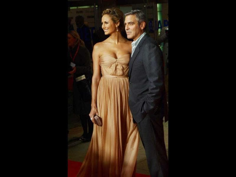 Stacy clearly towers above beau George Clooney, he doesn't seem to mind though.