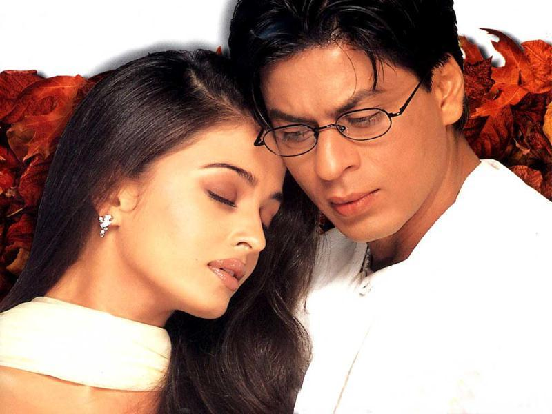2000: SRK-Ash's jodi, coupled with Amitabh Bachchan's screen presence in Mohabaatein created a box-office wonder.
