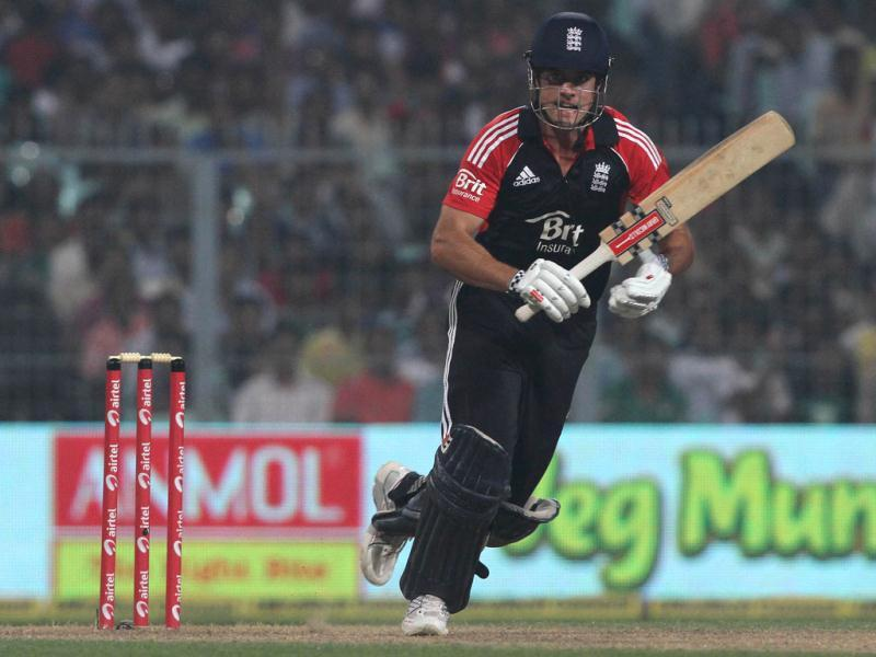 Alastair Cook of England plays a shot during the fifth and final ODI against India at Eden Gardens in Kolkata. (HT Photo/Ashok Nath Dey)