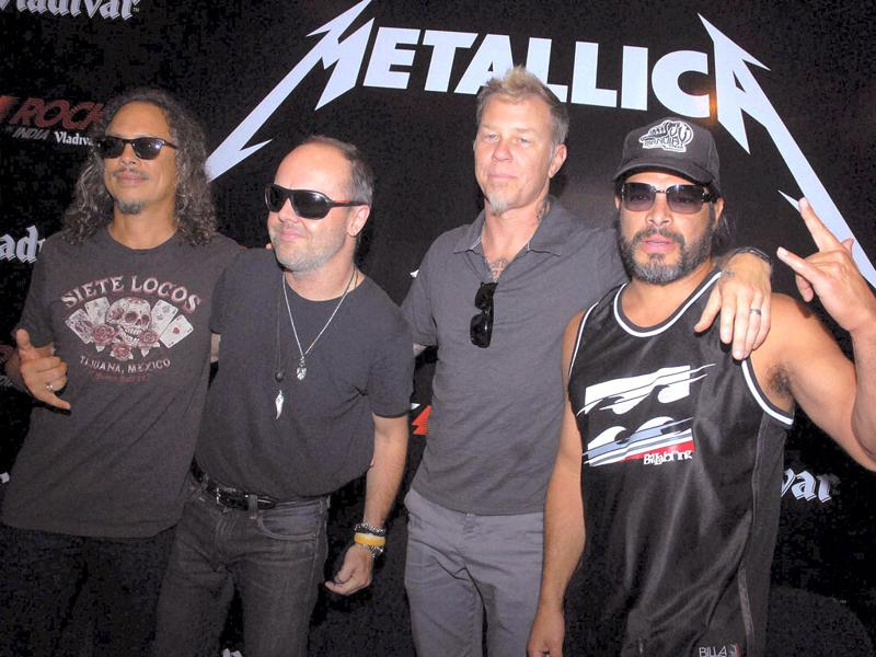 Metallica cancels concert in Gurgaon after doubts with regard to the safety of the concert audience.