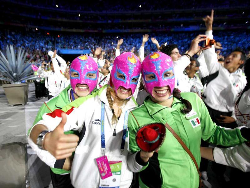 Athletes from Mexico wearing
