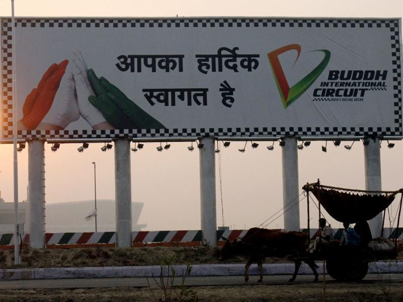 A bullock cart passes by International Buddh Circuit a day after Indian Grand Prix event was held at Greater Noida. HT Photo by Mohd Zakir