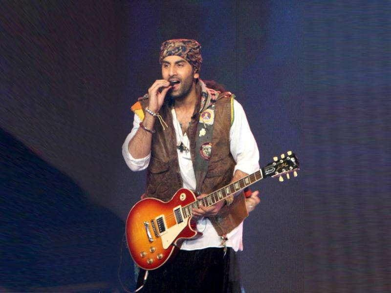 Saadda Haq, the song that has become quite a rage among the youth, was the highlight of the concert. (© UNI)