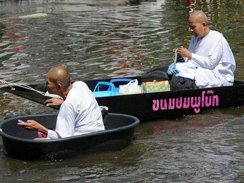 Thai Buddhist nuns sit on