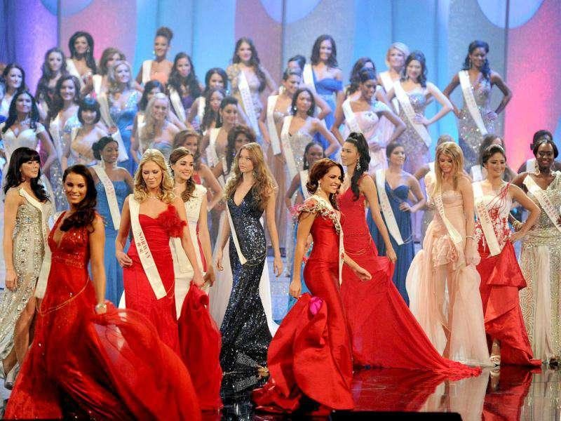 Miss World 2011 finals: Competitors parade on stage during the opening ceremony in Earls Court in west London. (Photo: AFP)