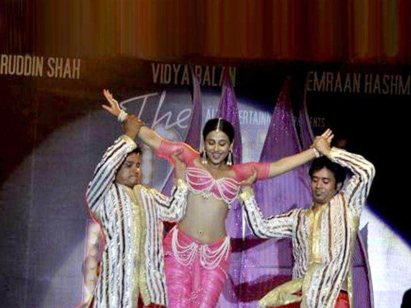 Vidya Balan performs at the event.