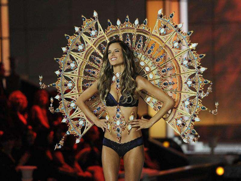 Alessandra Ambrosio sizzles in a two-piece at Victoria's Secret Fashion Show. (AFP)