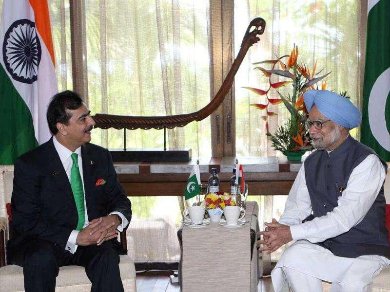 Prime Minister Manmohan Singh meeting his Pakistan counterpart Yousuf Raza Gilani, on the sidelines of the 17th SAARC Summit, at Adu Atoll in Maldives.