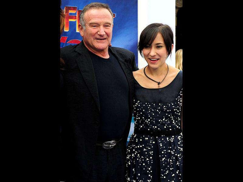 Robin Williams and his daughter Zelda smile on arrival at the world premiere of the film.