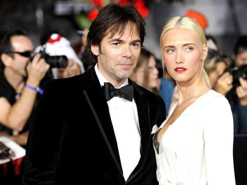 Actor Billy Burke and wife, Pollyanna, arrive at the world premiere of The Twilight Saga: Breaking Dawn - Part 1. (AP Photo/Chris Pizzello)