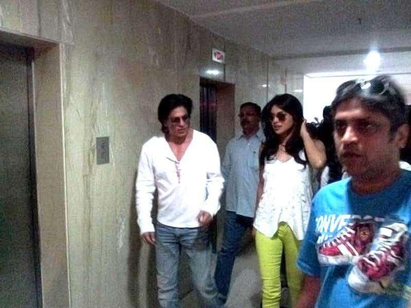 Priyanka and Shah Rukh are great friends. (Photo courtesy: Smitag, Pinkvilla)
