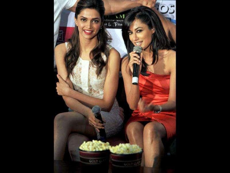 For those who are looking for a catfight between Chitrangada and Deepika, this pic is the answer. (AFP)