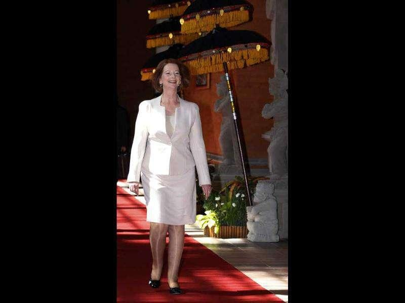 Australian Prime Minister Julia Gillard arrives at the Ayodya hotel for a bilateral meeting with Indonesian President Susilo Bambang Yudhoyono in Nusa Dua, Bali. (Reuters/Enny Nuraheni)