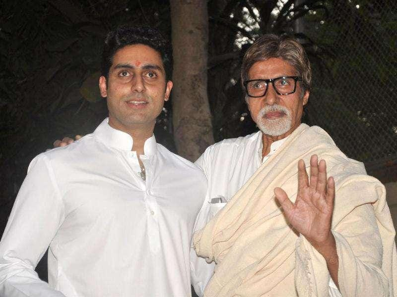 Amitabh Bachhan and his son Abhishek Bachchan hold a press conference about their grand daughter/daughter in Mumbai. AFP