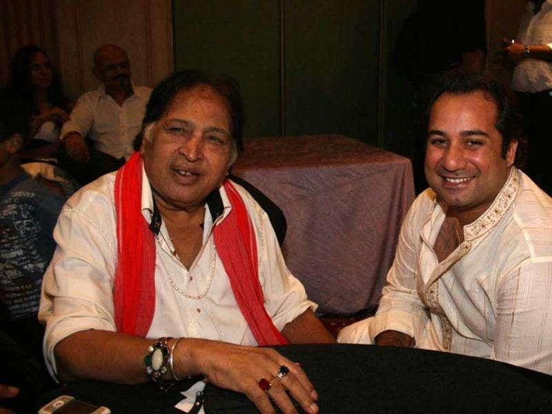 Seen here with Rahat Fateh Ali Khan (R), Ustad Sultan Khan is highly revered in the film industry.