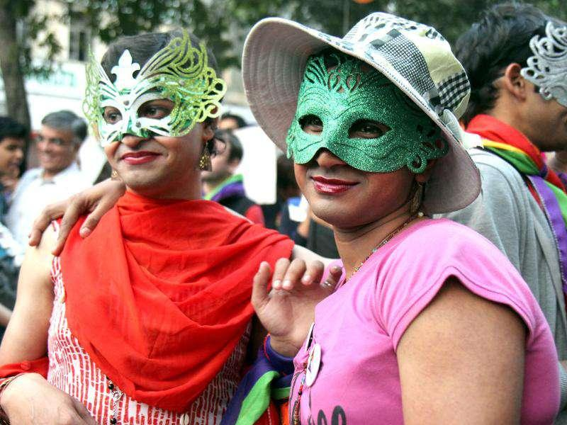 LGBT members demanded ending of discrimination against the community and also sought support from family members during the parade in New Delhi. HT Photo by Mohd Zakir