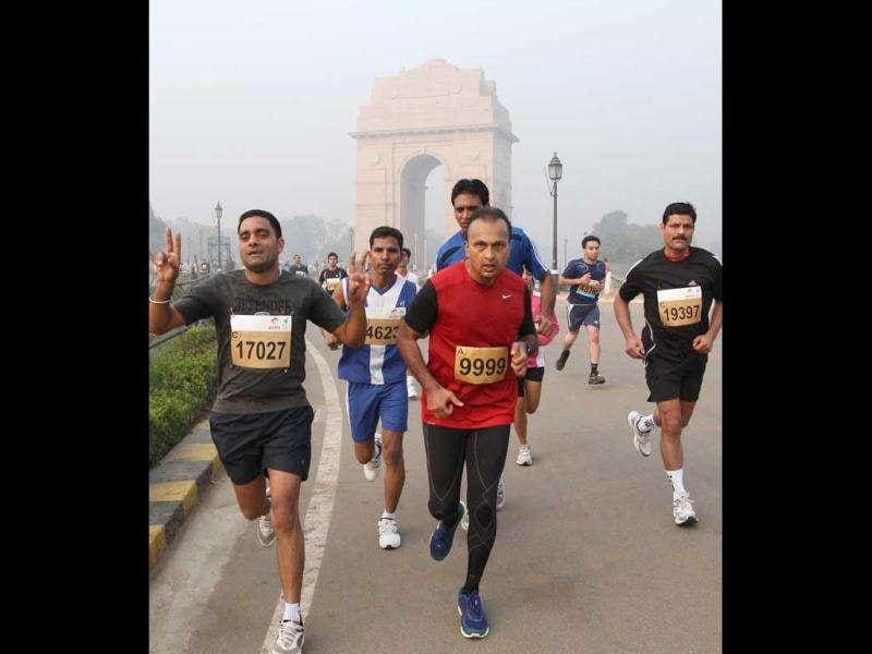 Reliance chairman Anil Ambani at the marathon. (Photo: HT