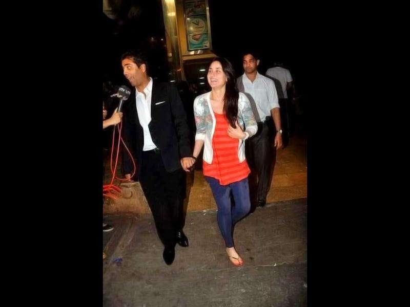 Karan and Kareena are all smiles as they attend the screening of The Dirty Picture.