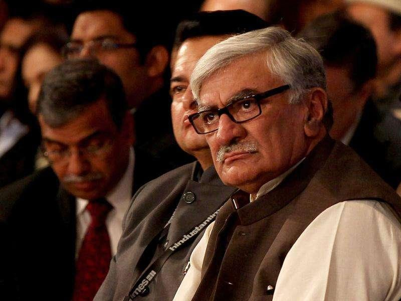 Pakistani politician Asfandyar Wali Khan, president, Awami National Party, during HT Leadership Summit 2011 at The Taj Palace Hotel in New Delhi. HT Photo: Ajay Aggarwal