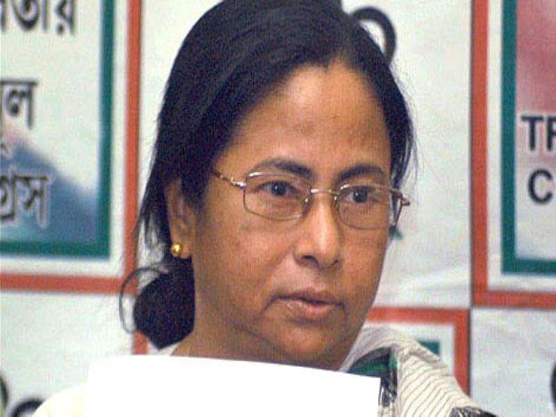 FDI retail policy on hold: Mamata Banerjee