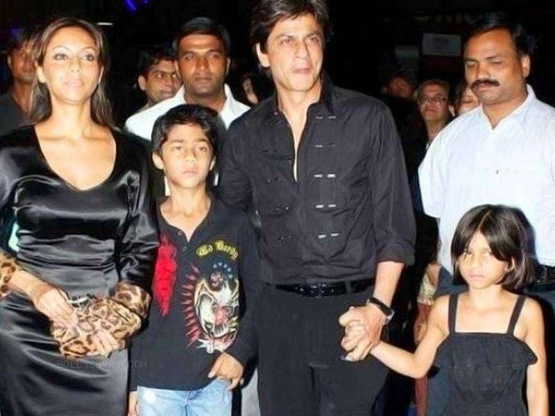 SRK and Gauri with their kids.